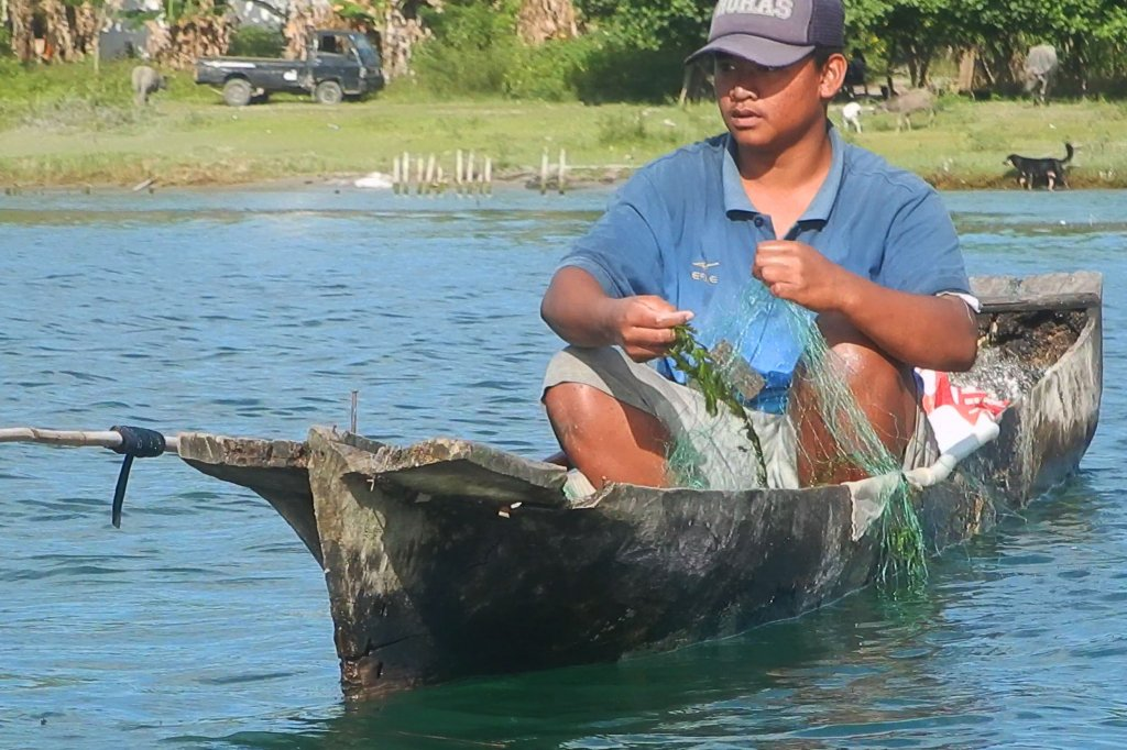 Batak fisherman in solu